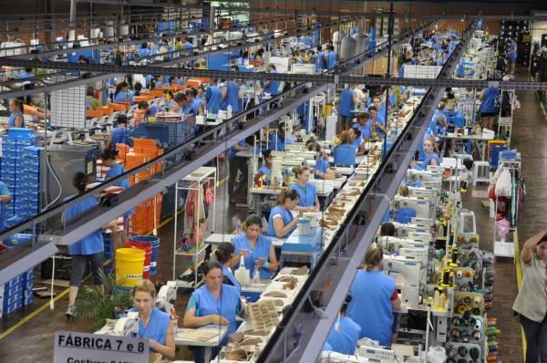 Auxiliar de Produção - Confecção– feminino – Bangu / RJ