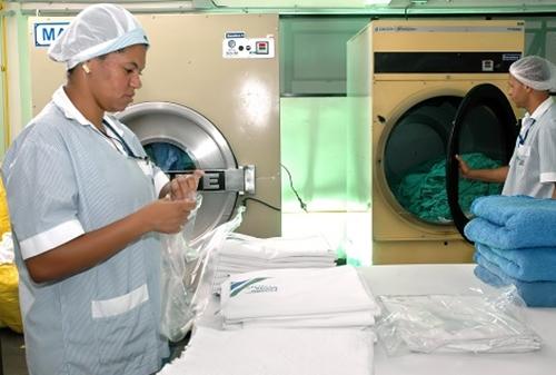 Auxiliar de produção– dobrar toalhas,embalare montar – Engenho de Dentro / RJ