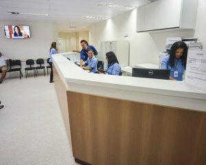 Recepcionista Hospitalar -R$ 1.317,00 - rio de janeiro